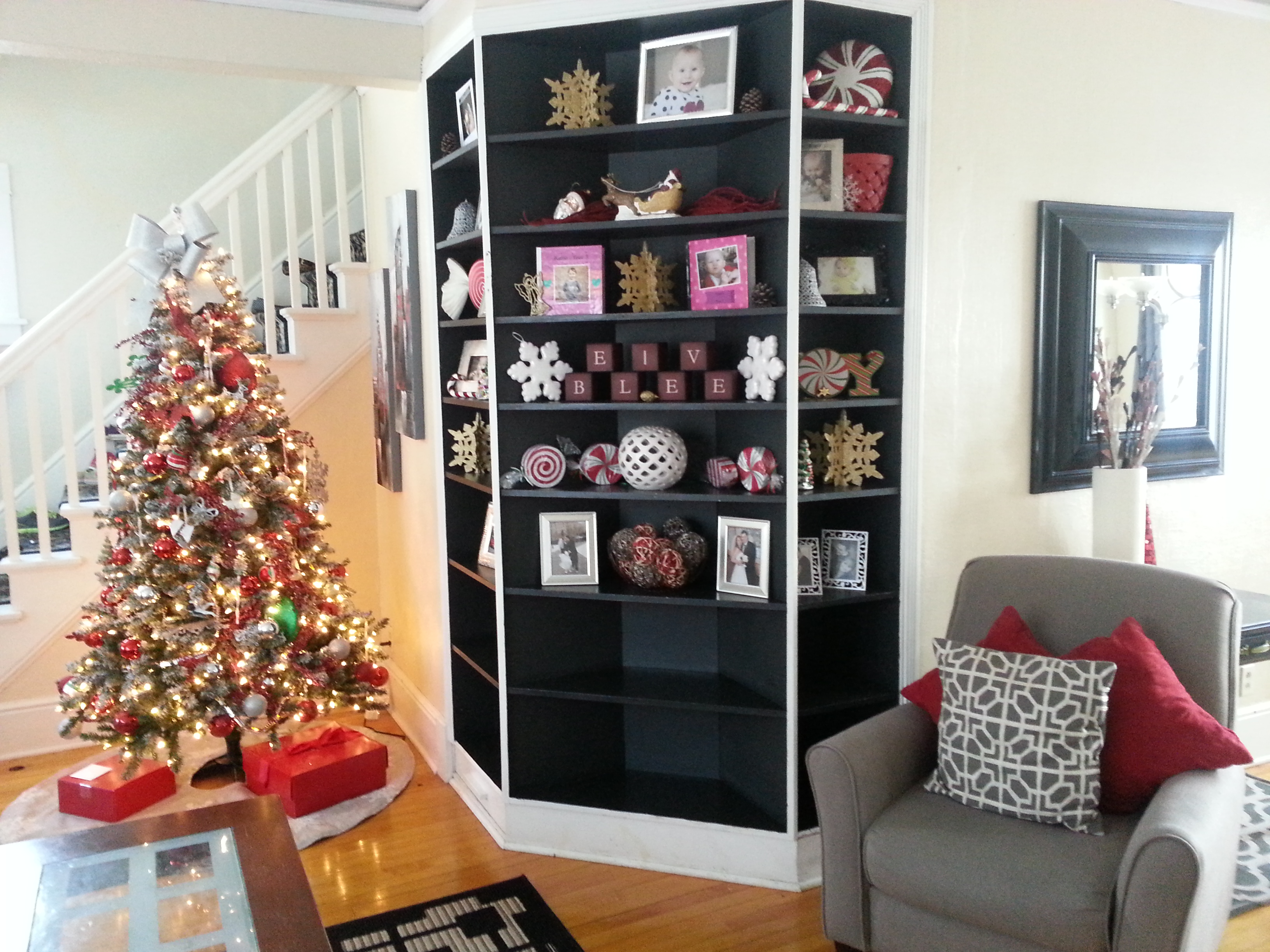 Christmas home decorations 2014 - Christmas Is Just Around The Corner Are You Ready I M Waiting For Several Packages To Come In The Mail Plus My Husband And I Have To Buy Couple Other